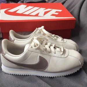 Nike Cortez basic - White & rose gold
